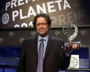 Jorge Zepeda Patterson gana el Premio Planeta 2014
