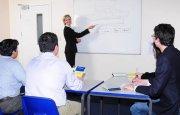 Valiosa la lengua española en los negocios