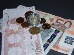 UGT recibe 287.500 euros para programas de inmersión dirigidos a inmigrantes