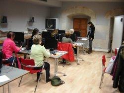 Casi un centenar de alumnos han participado en los cursos de informática del Programa Iníci@te en el CIL de Briviesca (Burgos)