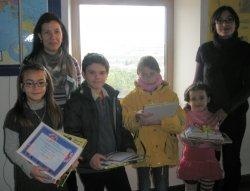 Entrega de premios del Concurso de Cuentos y Postales Navideñas en el CIL de Cuéllar