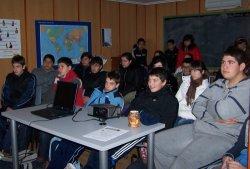 30 alumnos de Secundaria han participado en la segunda jornada de Cineforum organizada por el CIL de Íscar