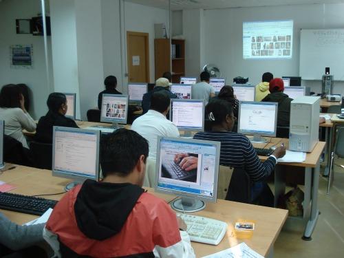 El Centro de Integración de Ponferrada clausura un curso de ...